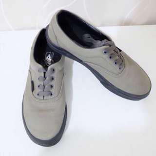 Vans gray and black