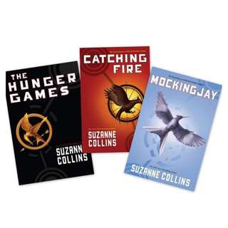 The Hunger Games Trilogy bu Suzanne Collins