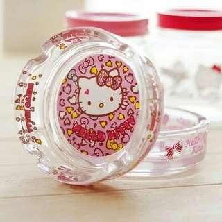 Hello kitty and Doraemon ashtray