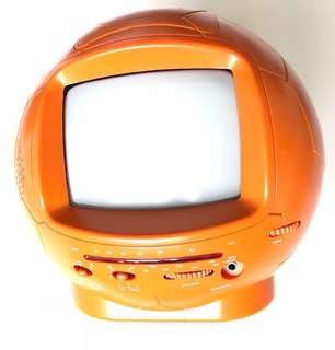 I'd tv 5''/ 5寸 黑白電視連收音機 For model Black & White Television Soccer ball-shaped SW-620