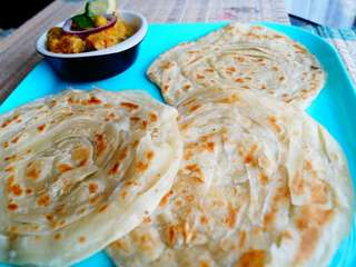 Home made PAKISTANI Roti & Lacha parahta