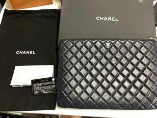 Chanel Clutch Navy Blue A4  Full set