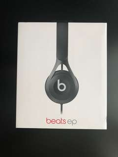 Brand New Beats black color (Wired)
