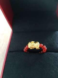 GSS! Pure 999 gold Agate beams ring.