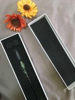 Glass pen