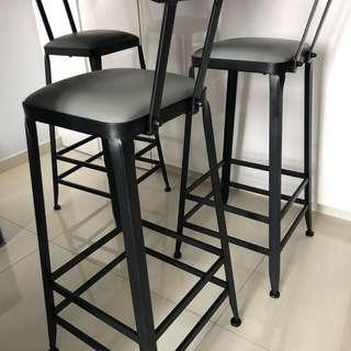 Bar stool ! Starbucks high chair !