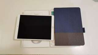 🚚 iPad Pro 10.5吋 256G WiFi+Cellular 版 金色 用不到2個月 全部盒子配件都在 保護殼