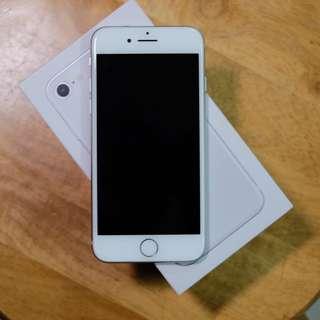 iPhone 8 64Gb 白 花玻璃