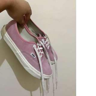 REPRICED! Original Vans Pastel Pink (Suede) Size 5.5 to 6