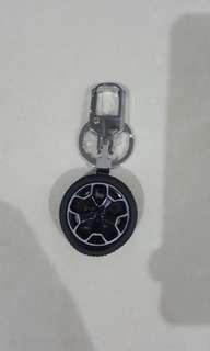 Subaru Sport Rim Rotating Keychain