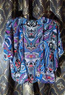 Ethnic outer