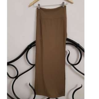 Tan maxi skirt with a side slit