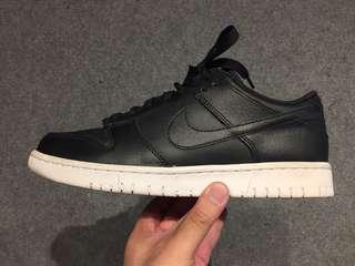 Nike Dunk Low Black