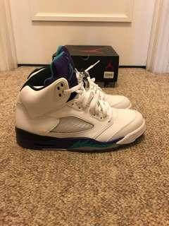 Air Jordan 5 (grape) size 9....9/10 condition