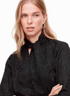 (reduced) aritizia silk blouse