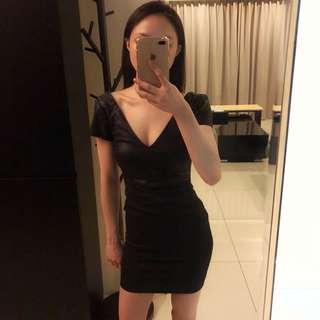 Zara 皮革連身洋裝
