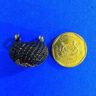 Lp Ler Biagae (Cowry shell) Amulet (Success in business, improve luck & protection)