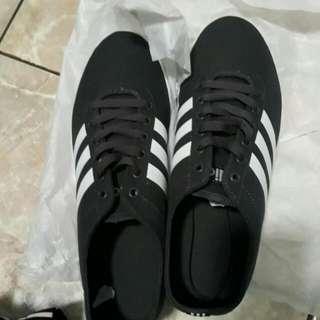 Sepatu Adidas Ori 100%