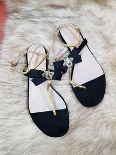 Authentic Gucci 'Moody Bee' Ankle Strap Suede Black Gold Leather Thong Sandals Size 38