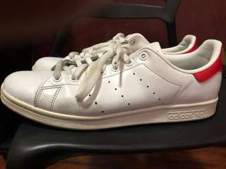 Stan Smith with box