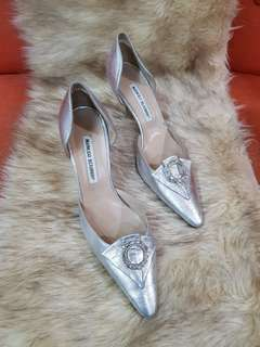 Authentic Manolo Blahnik Metallic Silver With Rhinestones Wedding Pumps Size 38 fits to size 39