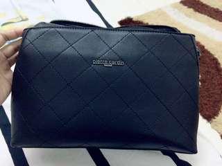 Handbag pierre cardin untuk dilepaskan