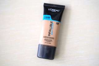 Loreal infallible pro glow (preloved)