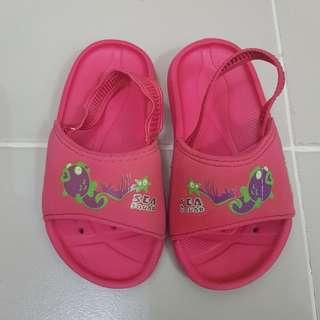 Speedo Sea Squad Slippers s6 13cm - 14cm 6s Pink beach sandals baby kids toddlers summer wear