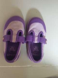 Crocs Shoes authentic auth s6 6c sneakers Sandals Slippers Lilac Purple