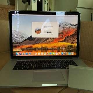 "15"" MacBook Pro Retina, Mid 2014 with Magic Trackpad"