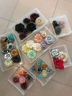 Assorted fabric flower brooches
