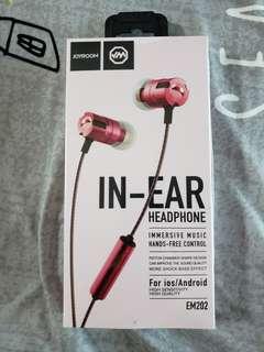 Earphones EM202 immersive music in ear by joyroom