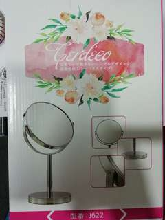 6inches Mirror for use during make-up