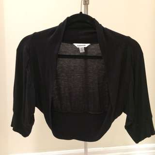 Garage Cropped black shawl