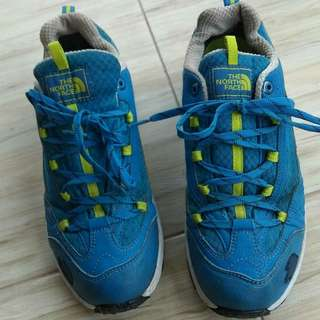 Second Sport Shoes / sepatu olahraga bekas / running shoes