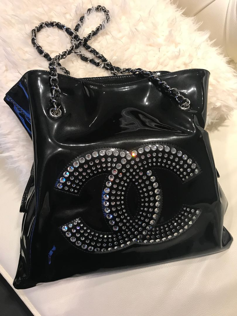 2c10c382c0ce 100% Authentic Swavoski black patent Chanel tote bag, Luxury, Bags &  Wallets, Handbags on Carousell