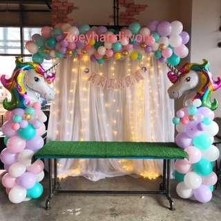 Unicorn balloon decoration @ zoeyhandiwork with fairy lights backdrop and customised name bunting ✨