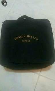 出售全新franck muller旅行套裝( 頸枕,全球通萬用蘇,萬用掛袋), 最後一set