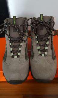 Hi-Tec Woman Hiking shoes
