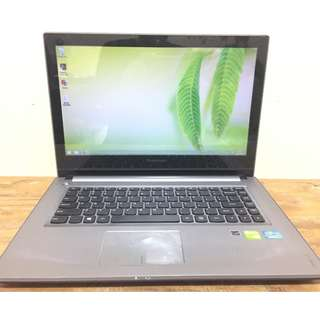 LENOVO Z400 Core I3-312OM TouchScreen GeForce GT 740M 2GB Gaming
