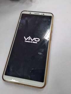 Handphone ViVO V7+