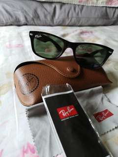 Authentic Preloved Ray-Ban wayfarer