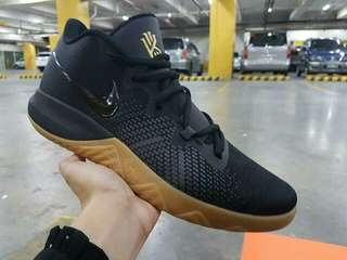 Nike Kyrie Flytrap 11