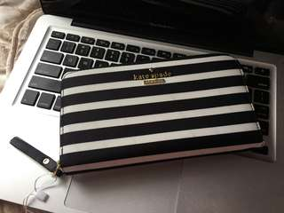 Kate Spade wallet Authentic Grade Quality with ykk zipper