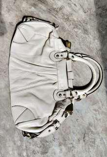 Cream genuine leather handbag (with gold details)