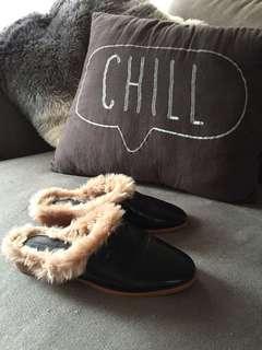 Zara basic collection shoes sz6