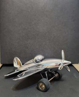 """TROIKA """"stop over"""" ~ paperweight & clip holders / 飛機模型纸镇座。"""