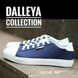 Dalleya Donald - Sneakers Wanita