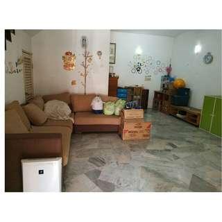 2 Storey Terrace House, PU12 Taman Tasik Prima Puchong Utama, 20x70 4R3B Kitchen Extended !!