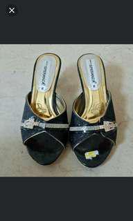 Black Gold Party Heels 38